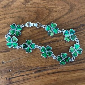 Jewelry - Four leaf clover bracelet